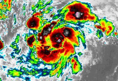 RICK wird zum gefährlichen Hurrikan